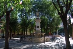 Plaza-de-Ventura-Rodriguez